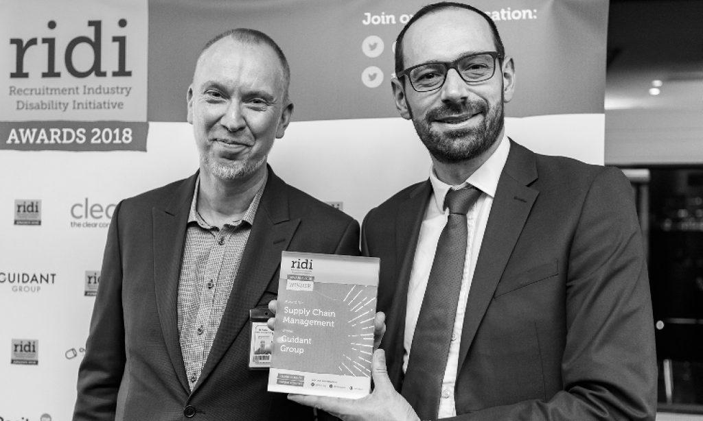 Ben Weston, Guidant Group receives his Award from Dan Forbes-Pepitone, Skanska